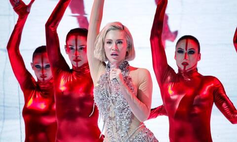 Eurovision 2021: Έβαλε φωτιά» στη σκηνή η Ελενα Τσαγκρινού - Ανέβηκε αμέσως στα στοιχήματα