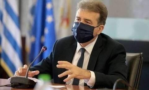 Ο Χρυσοχοΐδης στον Άρειο Πάγο: Παρέδωσε στοιχεία για το οργανωμένο έγκλημα