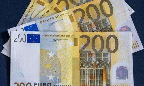 Ενίσχυση έως 4.000 ευρώ για τις επιχειρήσεις που ήτανκλειστές τον Απρίλιο - Όλη η απόφαση