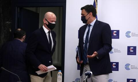 Κικίλιας: Τι απάντησε ο υπουργός Υγείας για τα περιστατικά θρομβώσεων με AstraZeneca