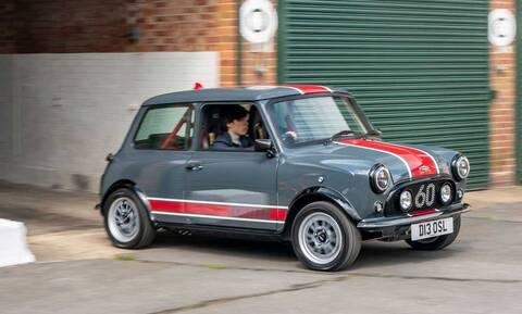 Αυτό το Mini κοστίζει όσο μία BMW M4!