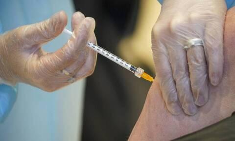 Εμβόλιο κορονοϊού: Αποτελεσματικό το «κοκτέιλ» Pfizer - AstraZeneca