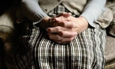 Βριλήσσια: Πώς έζησε τον τρόμο μέσα στο σπίτι της η ηλικιωμένη - «Θα ξανάρθουμε» είπε ο ληστής