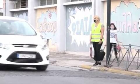 Ίλιον: Διαμαρτυρία μετά το ατύχημα με θύμα έναν 10χρονο – Τι ζητούν οι γονείς του 5ου Δημοτικού