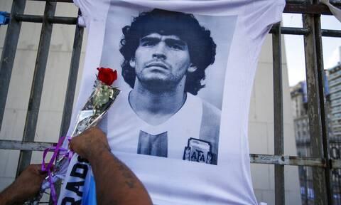 Ντιέγκο Μαραντόνα: Για ανθρωποκτονία από πρόθεση επτά κατηγορούμενοι - Βαρύ το κατηγορητήριο