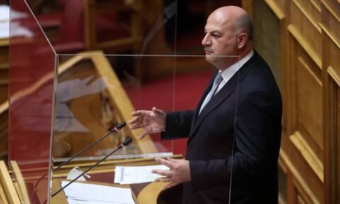Συνεπιμέλεια: Υπερψηφίστηκε το νομοσχέδιο - Καταψήφισαν Γιαννάκου, Κεφαλογιάννη