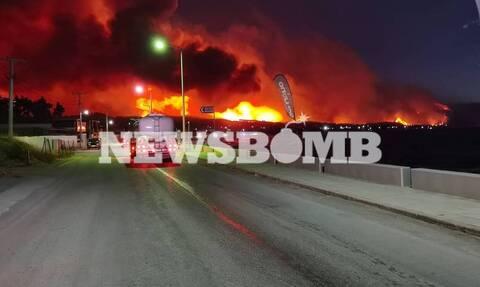 Φωτιά ΤΩΡΑ: Πύρινος εφιάλτης σε Κορινθία και Αττική - Ανεξέλεγκτα τα μέτωπα - Αγωνία για τα Μέγαρα