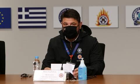 Κορονοϊός: Χωρίς Χαρδαλιά η ενημέρωση - Στο μέτωπο των πυρκαγιών ο υφυπουργός Πολιτικής Προστασίας