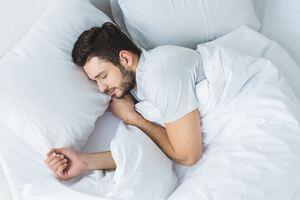 Γιατί ο ποιοτικός ύπνος αποτελεί το «κλειδί» για την καλή υγεία και την ευεξία