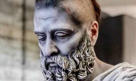 Παγκόσμια Ημέρα Πολιτισμού: Έλληνες ηθοποιοί μεταμορφώθηκαν σε... αγάλματα -Εντυπωσιακές Φωτογραφίες