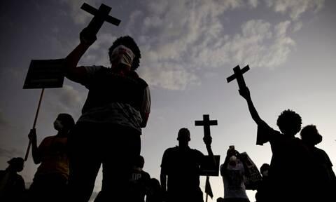 Κορονοϊός: Ξεπέρασαν το 1.000.000 οι θάνατοι στη Λατινική Αμερική και την Καραϊβική