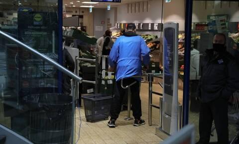 Ανοιχτά σήμερα, Κυριακή (23/05) καταστήματα και σούπερ μάρκετ - Τι ώρα κλείνουν