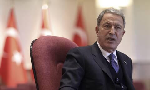 Νέα πρόκληση Ακάρ: Ο Τούρκος υπουργός Άμυνας κατηγορεί την Ελλάδα για επεκτατισμό