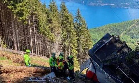 Ιταλία: Τραγωδία απο πτώση τελεφερίκ-  Εννέα νεκροί και δύο παιδιά σοβαρά τραυματισμένα