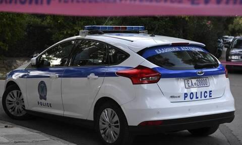 Θεσσαλονίκη: Κουκουλοφόροι επιτέθηκαν σε αστυνομικούς και προκάλεσαν φθορές στη Λέσχη Αξιωματικών