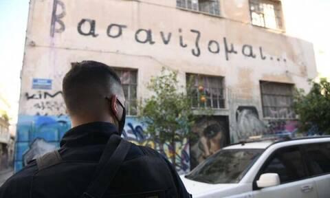 Θέατρο Εμπρός: Νέα αστυνομική επιχείρηση - Σφραγίζεται εκ νέου