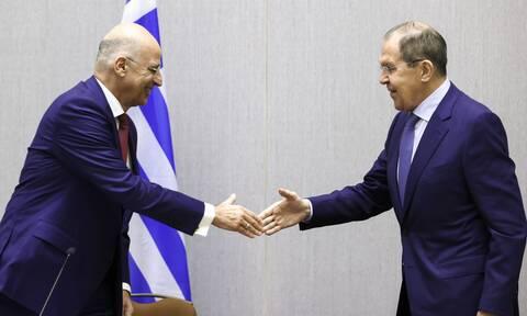 Δένδιας στη συνάντηση με Λαβρόφ: Η ομαλοποίηση των σχέσεων Ε.Ε.-Ρωσίας είναι προς αμοιβαίο όφελος