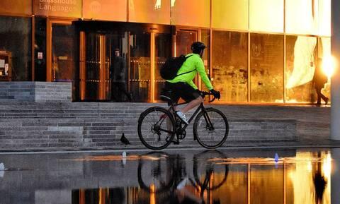 Γιατί πρέπει να κάνεις περισσότερο ποδήλατο από οδήγηση αυτοκινήτου;