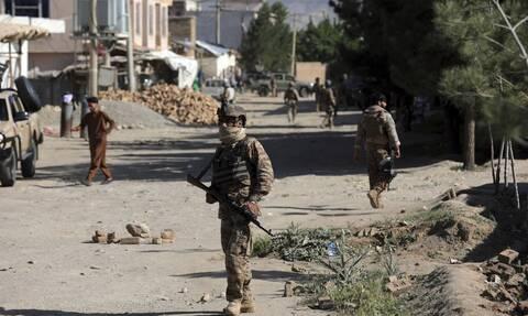 Η Αυστραλία κλείνει την πρεσβεία της στο Αφγανιστάν εν μέσω ανησυχιών για την ασφάλεια