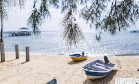 Κοινωνικός Τουρισμός 2021: Τρέχουν οι αιτήσεις για το πρόγραμμα - Ποιοι θα κάνουν δωρεάν διακοπές
