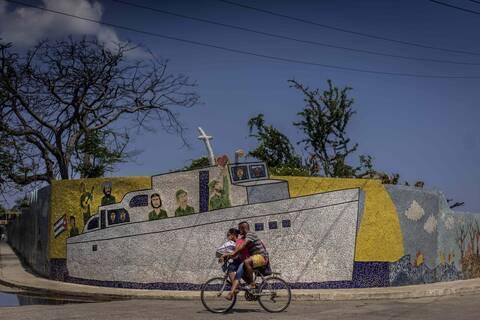Oxfam: Έκκληση στον Τζο Μπάιντεν «να εξομαλύνει» τις σχέσεις ΗΠΑ-Κούβας