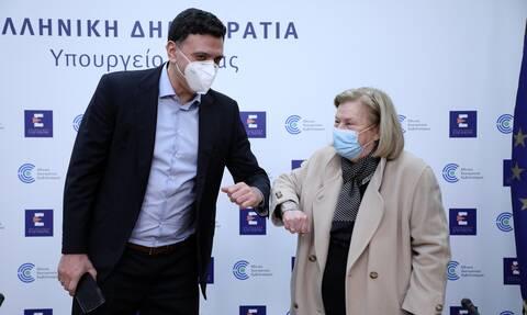 Κορονοϊός: Δείτε LIVE την ενημέρωση από Κικίλια και Θεοδωρίδου για τον εμβολιασμό