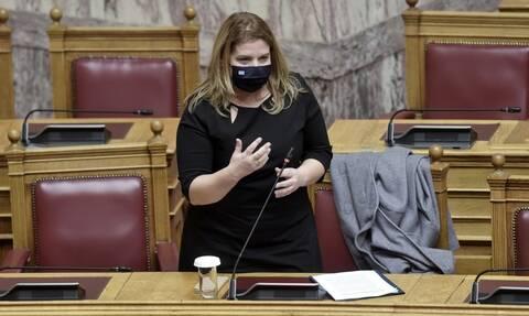 Προστασία της μητρότητας για τις γυναίκες οδοντιάτρους ζητά η Ελληνική Οδοντιατρική Ομοσπονδία