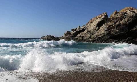 Μοιραίο μπάνιο για 79χρονο σε παραλία της Χίου