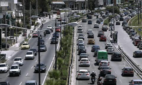 Κίνηση ΤΩΡΑ: «Έμφραγμα» στους δρόμους της Αττικής - Πού εντοπίζονται προβλήματα