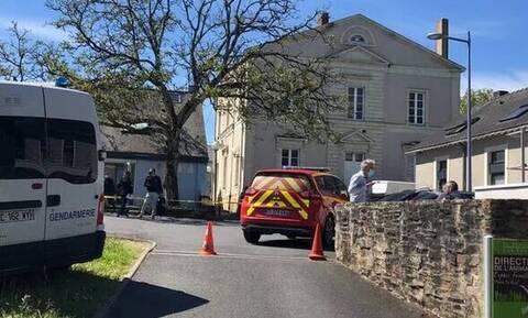 Γαλλία: Συναγερμός για επίθεση με μαχαίρι σε γυναίκα δημοτική αστυνόμο – Διέφυγε ο δράστης