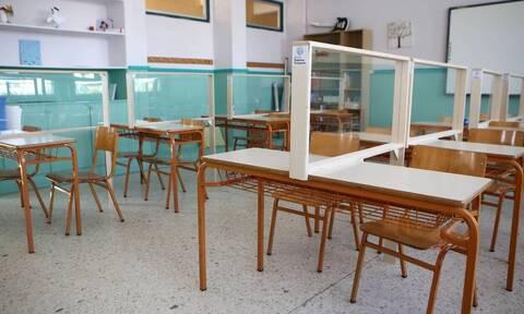 Δάσκαλος – παιδόφιλος: Εισαγγελέας και ανακριτής κοιμούνται ήσυχοι