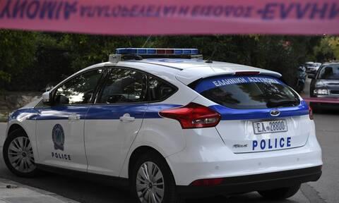 Έφοδος πάνοπλων αστυνομικών σε «έδρα» ναρκεμπόρων στο Γαλάτσι