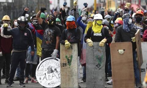 Κολομβία: Τουλάχιστον 49 νεκροί στις διαδηλώσεις που συμπλήρωσαν έναν μήνα