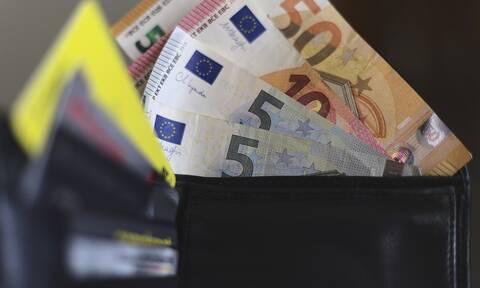Κρήτη: Βρήκε πορτοφόλι με 850 ευρώ και το παρέδωσε στην Αστυνομία
