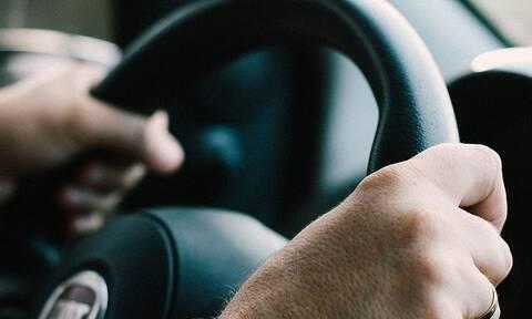 Πάτρα: Λαχτάρα για οδηγό - Δείτε τι μπήκε μέσα στο ΙΧ του ενώ οδηγούσε