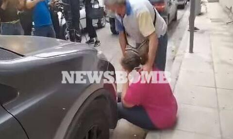 Εκτέλεση Σεπόλια: Ραγίζει καρδιές η μάνα του 34χρονου - «Ξέρουν ποιοι σε σκότωσαν» (vid)