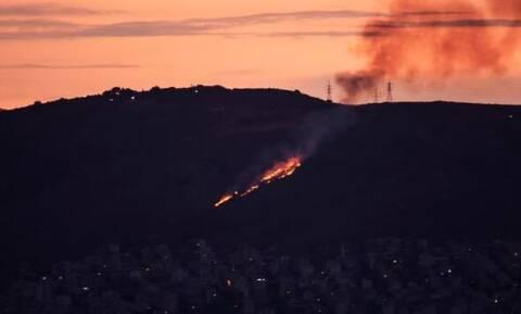 Φωτιά στη Νίκαια - Δεν απειλούνται σπίτια