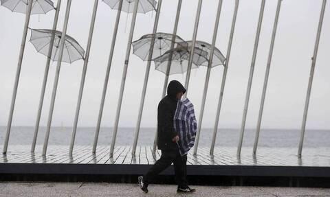 Καιρός: Προσοχή τις επόμενες ώρες - Πότε και πού θα χτυπήσουν βροχές και καταιγίδες