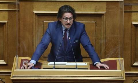 «Όμορφη και παράξενη πατρίδα» - Ψήφος στον ελληνισμό