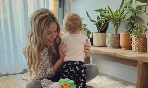 Αβασκαντήρα -  Χρανιώτης: Αυτή τη σούπερ τροφή τρώει ο 11 μηνών γιος τους