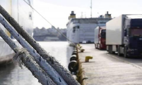 Πλακιωτάκης: Σε ισχύ από αύριο και η ψηφιακή δήλωση υγείας για τους επιβάτες στα πλοία