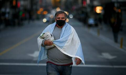 Θερίζει ο κορονοϊός στην Αργεντινή: 641 θάνατοι και 35.000 κρούσματα σε 24 ώρες