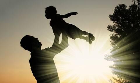 ΟΠΕΚΑ - Επίδομα παιδιού Α21: Ανοιχτή η πλατφόρμα για νέες αιτήσεις - Δικαιούχοι και ποσά