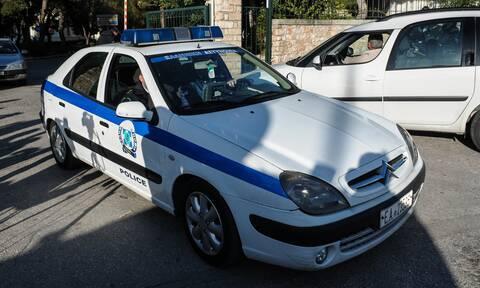 Εύβοια: Χαμός σε σχολείο - Μεθυσμένος πέταγε πέτρες σε μαθητές και δασκάλους