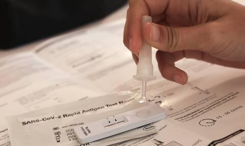 Πανελλαδικές 2021: Μέχρι πότε θα προμηθεύονται self test οι υποψήφιοι
