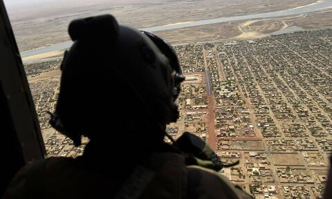 H Γαλλία «πάγωσε» τις στρατιωτικές της επιχειρήσεις στο Μάλι