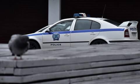 Δολοφονία στην Αγία Βαρβάρα: Ψάχνουν το σύζυγο της 64χρονης- Συγκλονιστικές μαρτυρίες για το έγκλημα