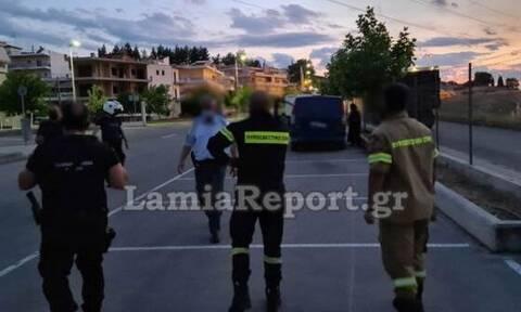Λαμία: Μεθυσμένος οδηγός «έσπερνε» φωτιές οδηγώντας με τη ζάντα