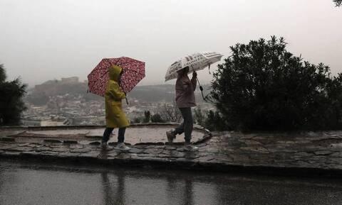 Καιρός: Έρχονται βροχές, καταιγίδες και χαλάζι τη Δευτέρα (7/6) - Ποιες περιοχές θα επηρεαστούν