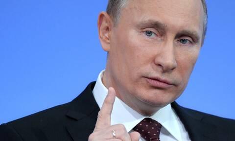 Ρωσία: Ο Πούτιν «έβγαλε» τη Ρωσία από τη συνθήκη για τον έλεγχο των εξοπλισμών «Ανοικτοί Ουρανοί»